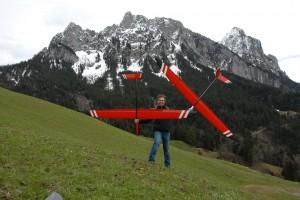 Martin Ulrich mit seinen ENERGIJA's vor dem Mythen